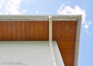 roof gutter drain